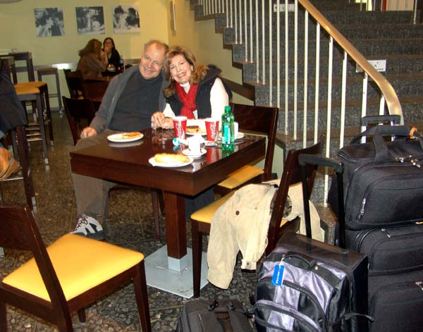 Joan and Ueli with Hand Luggage in Zuerich