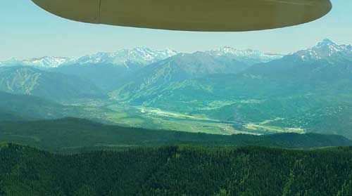 Aspen Airport (KASE) viewed from the East